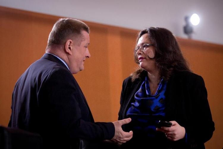 Minister meldeten Nebenjobs offenbar erst nachträglich (© 2014 AFP)