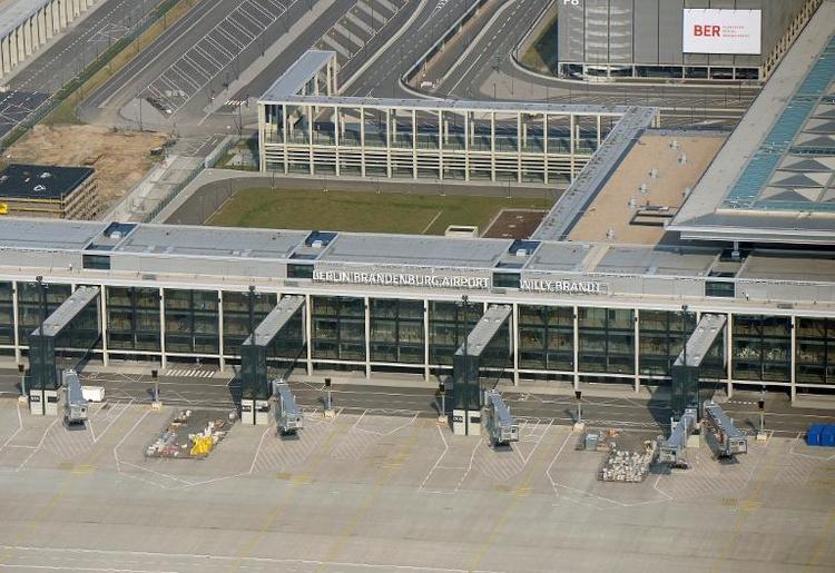 Gericht bestätigt Abflugroute von Hauptstadtflughafen (© 2014 AFP)