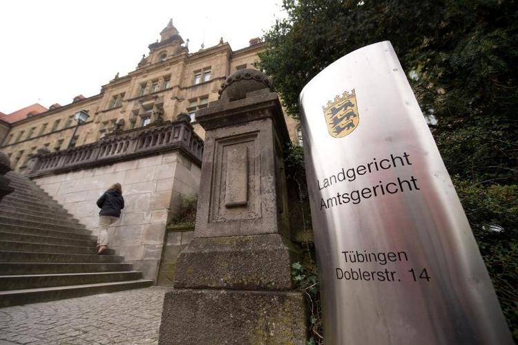 Mord an Prager Taxifahrer: Zwei junge Männer vor Gericht (© 2014 AFP)