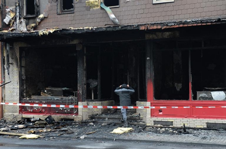 Drei Tote bei Brand in Duisburg (© 2014 AFP)