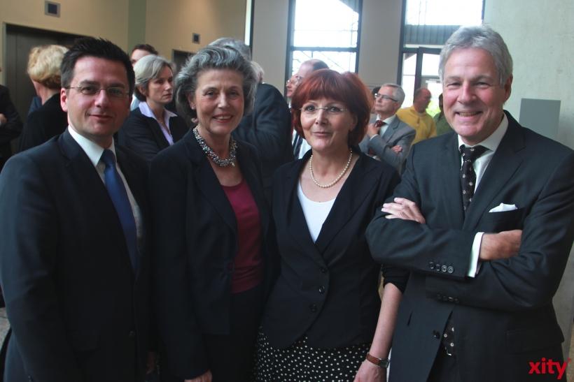 NRW-Justizminister Thomas Kutschaty, Anne-José Paulsen, Präsidentin des Oberlandesgerichts Düsseldorf, Angela Glatz-Büscher und Ingolf Dick (xity-Foto: P. Basarir)