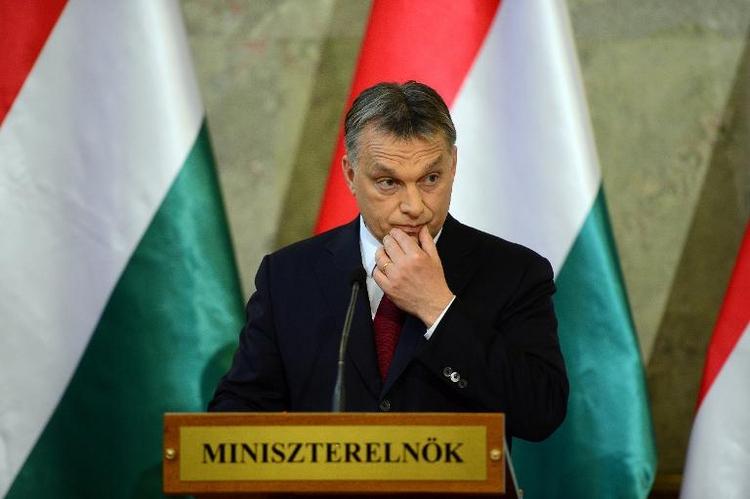 Ungarns Ministerpräsident Orban zu Gespräch bei Merkel (© 2014 AFP)
