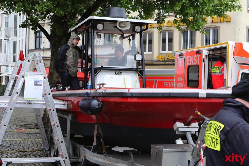 Stadtfeuerwehrtag 2014 auf dem Burgplatz (xity-Foto: D. Creutz)