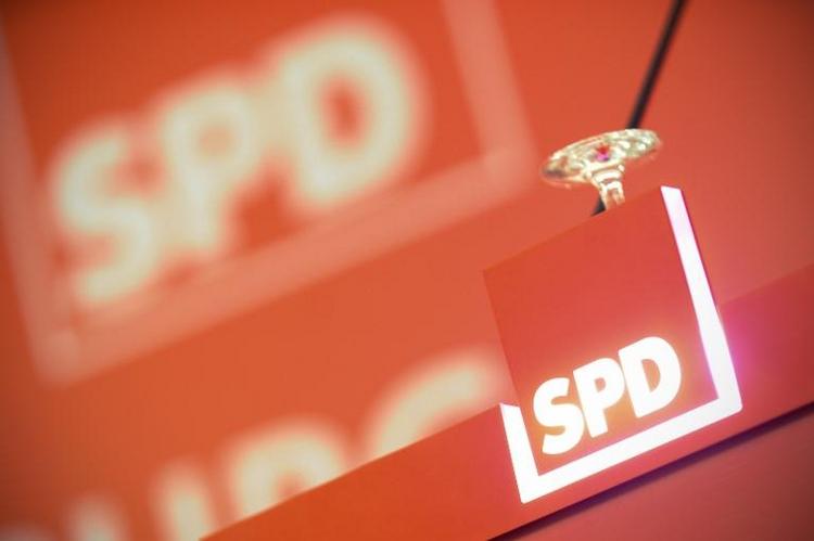 SPD legt in Wahltrend zu  (© 2014 AFP)