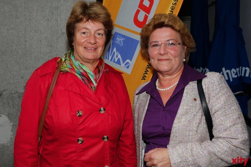 Auch Silvia Pantel (r) fand den weiten Weg aus Berlin (xity-Foto: D. Creutz)