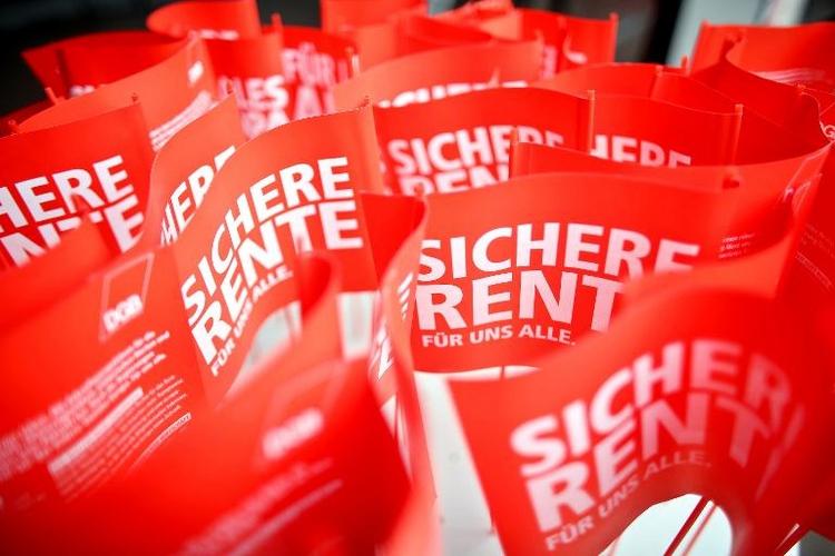 """Wirtschaftsflügel der Union fordert """"Flexi-Rente"""" (© 2014 AFP)"""