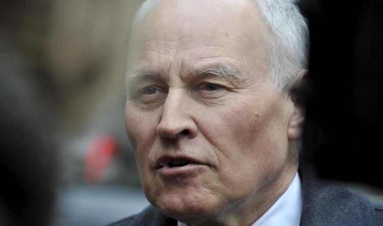 Huber für rasche Regelung von Seehofer-Nachfolge in CSU (© 2014 AFP)