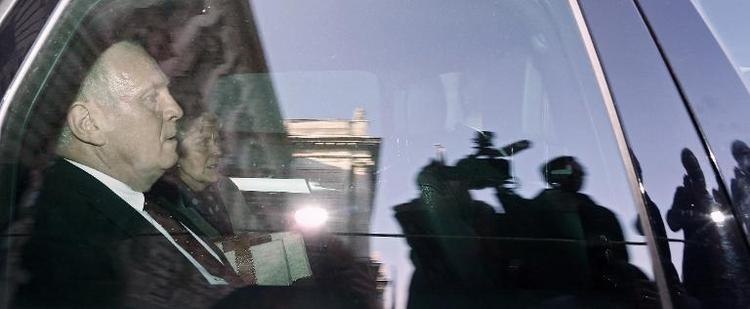 Hoeneß tritt offenbar Haftstrafe an (© 2014 AFP)