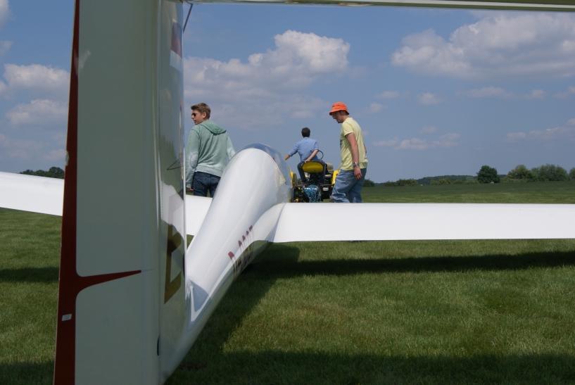 Auf dem Krefelder Egelsberg heben die Mitglieder des Vereins für Segelflug seit nun mehr als 60 Jahren ab. (xity-Foto: E. Aslanidou)