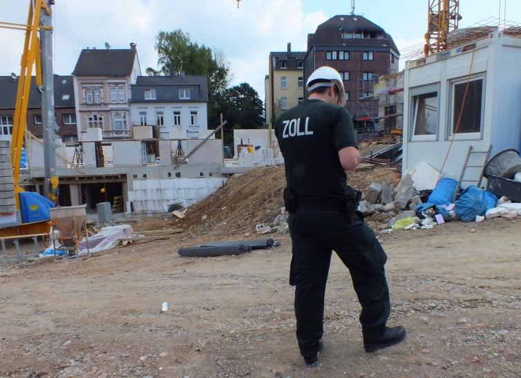 Zoll Düsseldorf kontrolliert Baustelle in Solingen (Foto: Hauptzollamt Düsseldorf)