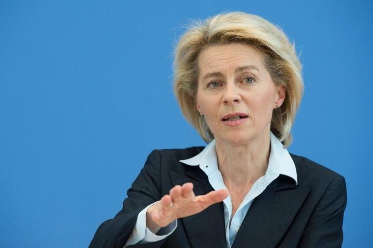 Von der Leyen wirft Kritikern Mutlosigkeit vor (© 2014 AFP)