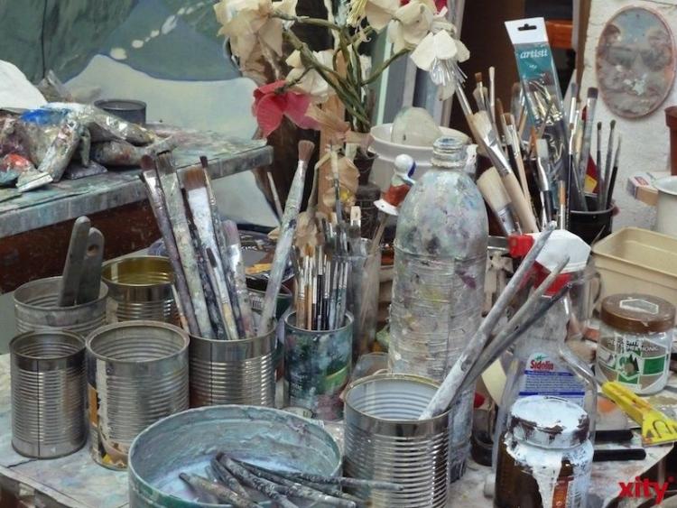 Wohlreich und Buchholz stellen im Atelier am Eck aus (xity-Foto: M. Völker)