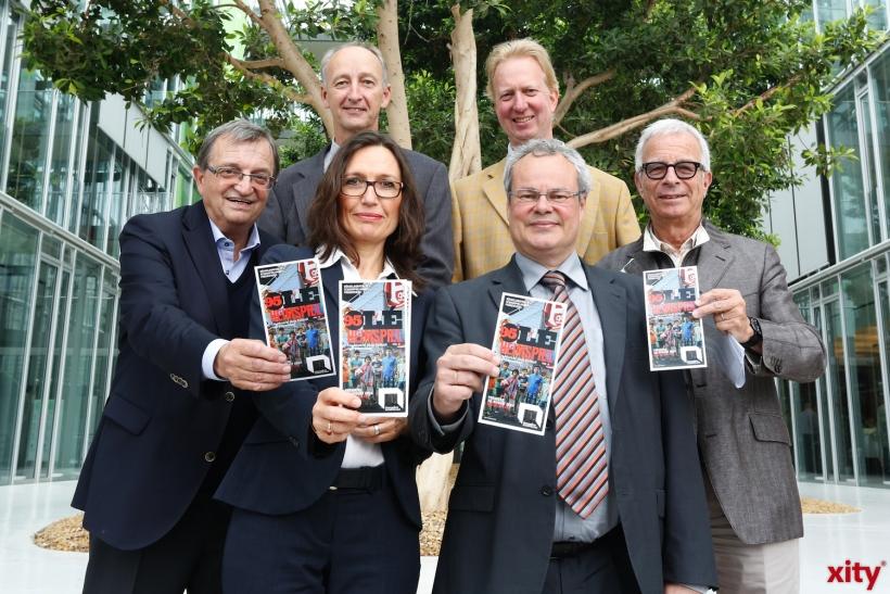 (v.l.) Werner Sesterhenn, Rainer Pennekamp, Stefani Kleeberg, Paul Jäger, Günther Beelitz (xity-Foto: D. Creutz)