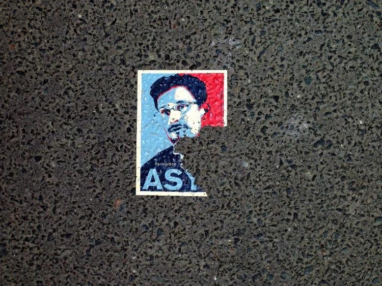 Maas fordert Snowden zu Kooperation in Moskau auf (© 2014 AFP)