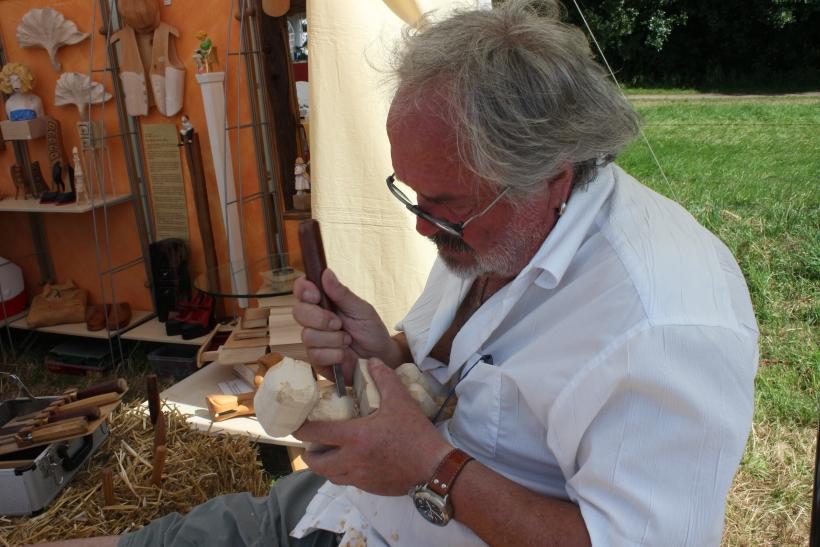 Der traditionelle Handwerker-  und Erlebnismarkt bot nicht nur Demonstrationen verschiedenster Handwerkskünste, sondern auch ein attraktives Rahmenprogramm für eingeschworene Ritterfans. (xity-Foto: E. Aslanidou)
