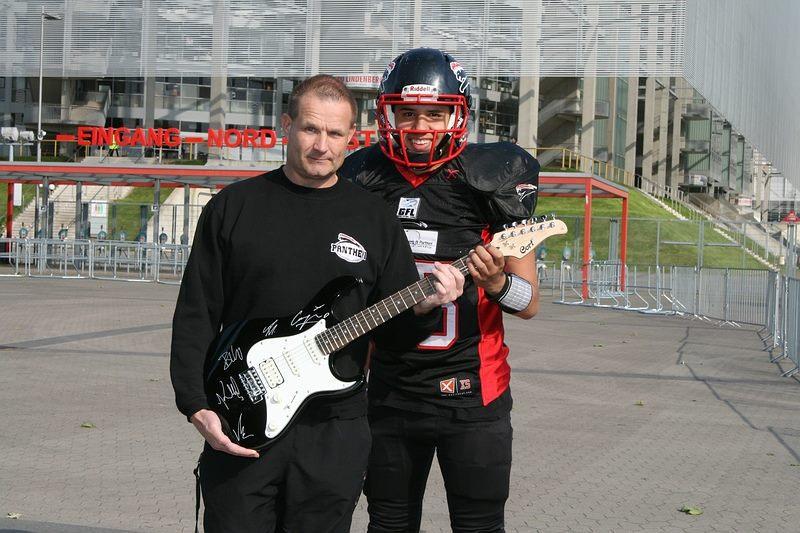 Cheftrainer Detlef Zorn und Quarterback Rohat Dagdelen (Foto: © Ulla Joachim)