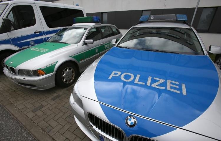 Flüchtiger Straftäter bittet Polizei um Hilfe (© 2014 AFP)