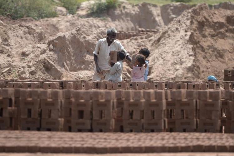 Evangelischer Unternehmer: Kinderarbeit mitunter gut (© 2014 AFP)