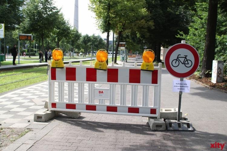 Gehweg auf der Hardtstraße wird saniert (xity-Foto: M. Völker)