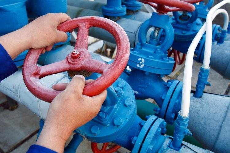 Unions-Außenexperte kritisiert russische Gas-Sperre (© 2014 AFP)