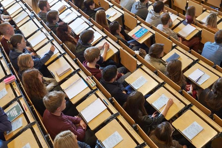 Wanka will für Hochschulförderung Grundgesetz ändern (© 2014 AFP)