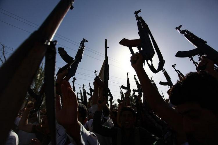 Kauder erwägt militärisches Eingreifen der USA im Irak (© 2014 AFP)