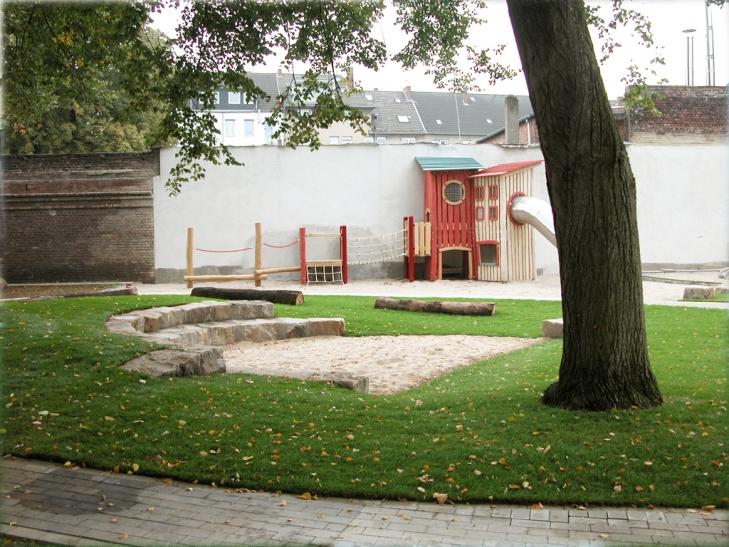 """Zum """"Tag der Architektur"""" können in Krefeld vier Gebäude beziehungsweise deren Außenanlagen besichtigt werden. (Foto: Blank und Franke Landschaftsarchitekten)"""