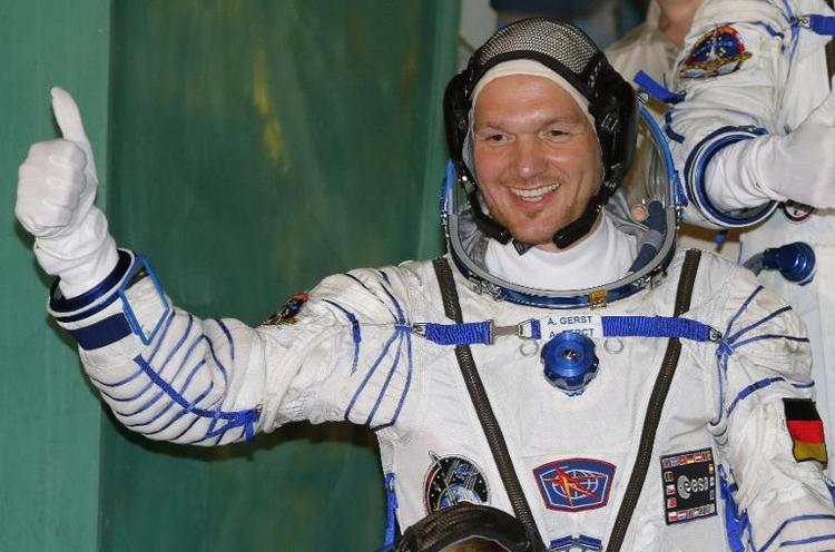 ISS-Astronaut will Geheimnis von Seifenblasen lüften (© 2014 AFP)