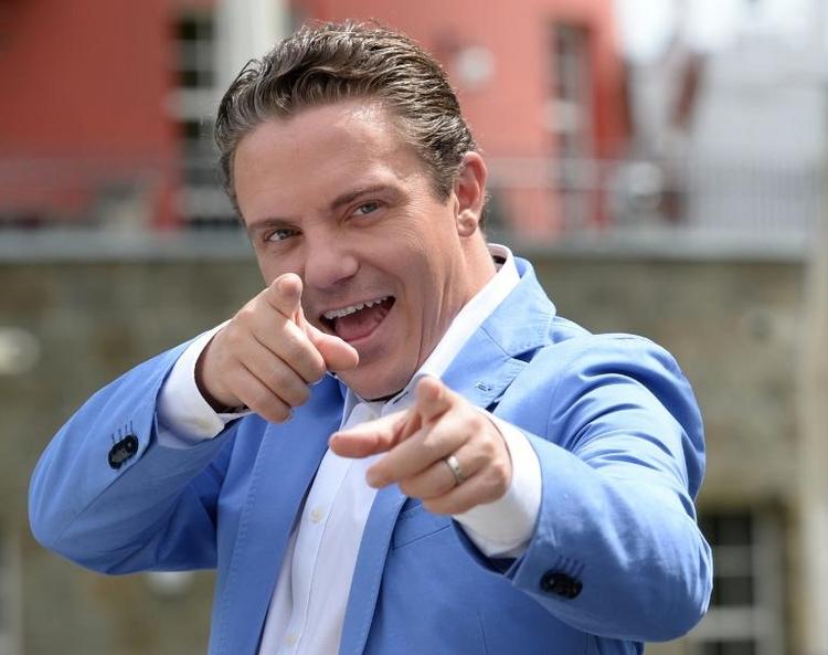 """Volksmusiker Stefan Mross ist """"Baumarkt-Fanatiker"""" (© 2014 AFP)"""