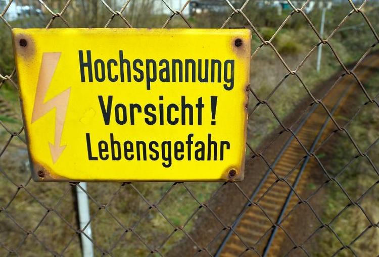 Stromschlag tötet 21-Jährigen im Bahnhof von Konstanz (© 2014 AFP)