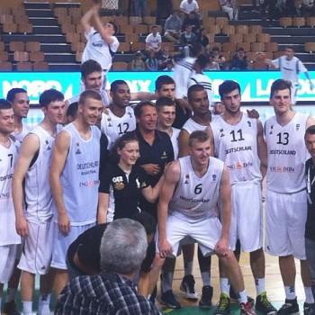 Das deutsche Team nach dem Sieg (Foto: Clemens Fritz)