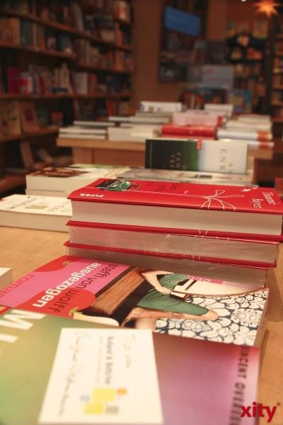Montagslesung für die Wiedereröffnung der Uerdinger Bücherei am 23. Juni 2014. (xity-Foto: M. Völker)