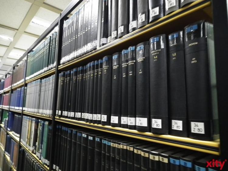 Textweber laden zur offenen Runde in das Niederrheinische Literaturhaus ein. (xity-Foto: S. Petautschnig)