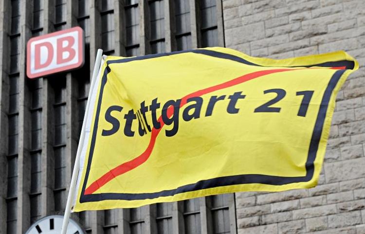 Prozess um Polizeieinsatz gegen Stuttgart-21-Gegner (© 2014 AFP)