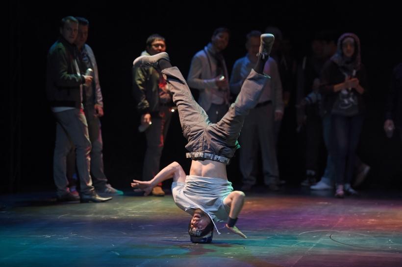 "Projektgruppe ""Oper meets HipHop"" (Foto: Hans Jörg Michel)"