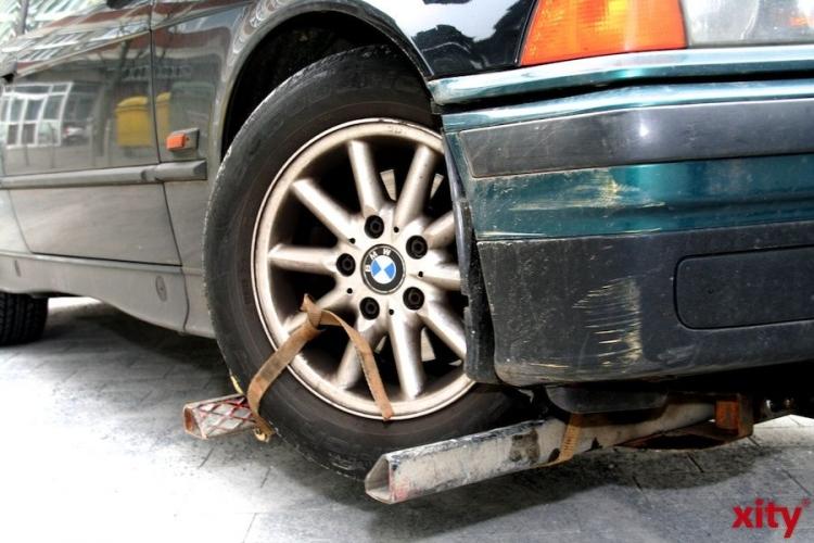 Verlorene Ladung verursacht Verkehrsunfall (xity-Foto: M. Völker)