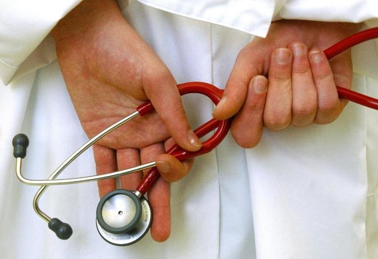 TK legt Reformvorschlag für Ärzte-Honorare vor (© 2014 AFP)