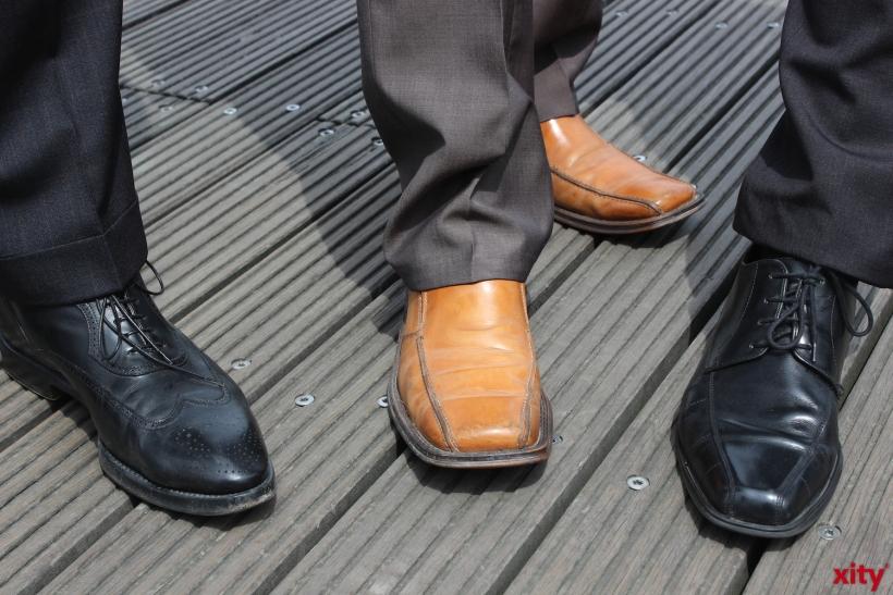 ...oder Anzugschuhe. Menschen investieren viel Geld in passende und modische Schuhe (xity-Foto: Z. Claus)