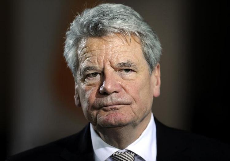 EKD-Chef stützt Gaucks Aussagen zu Militäreinsätzen (© 2014 AFP)