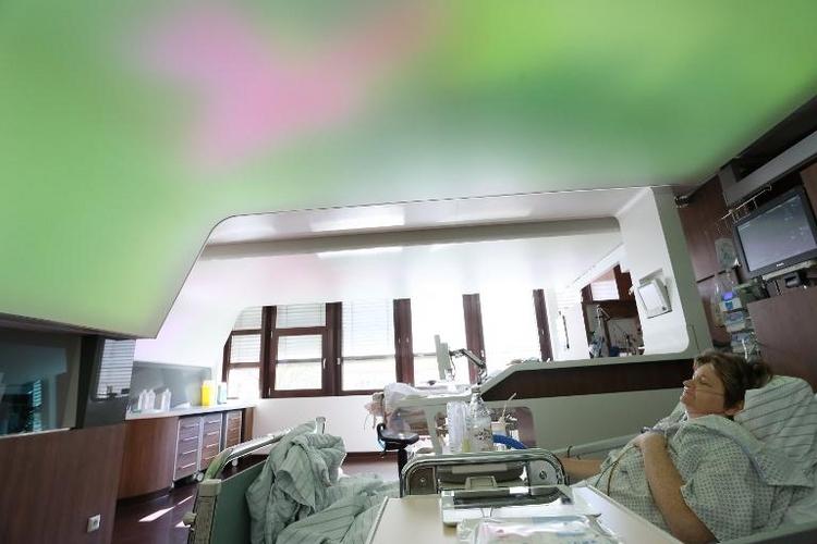Rund 260 Kliniken droht offenbar bis 2020 das Aus (© 2014 AFP)