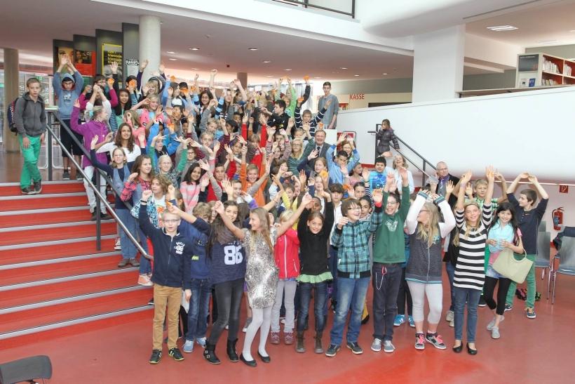 101 erfolgreiche Absolventen nahmen am Sommer-Leseclub der Mediothek im vergangenen Jahr teil, davon 45 Jungen und 56 Mädchen.  Foto: Lothar Strücken)