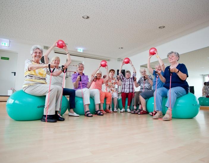 Ein großes Angebot für Menschen 50+ rundet das Angebot für Jung und Alt ab. (Foto: Jens Sattler)