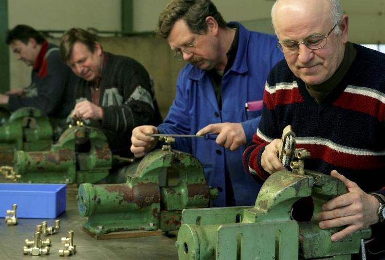 Minijob ermöglicht Frühverrentung mit 61 für Rente ab 63 (© 2014 AFP)
