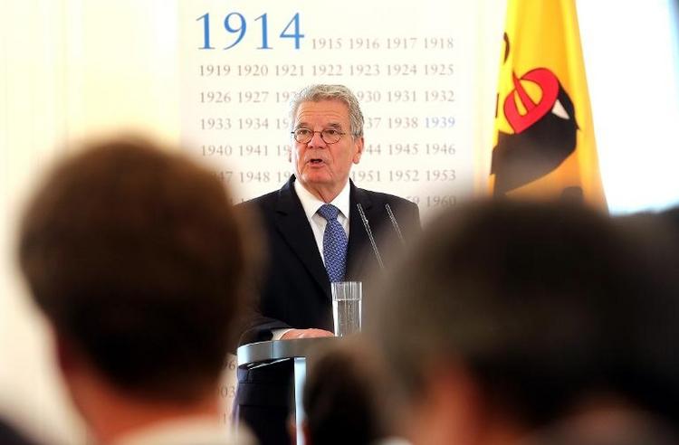 Gauck blockiert Diätenerhöhung (© 2014 AFP)