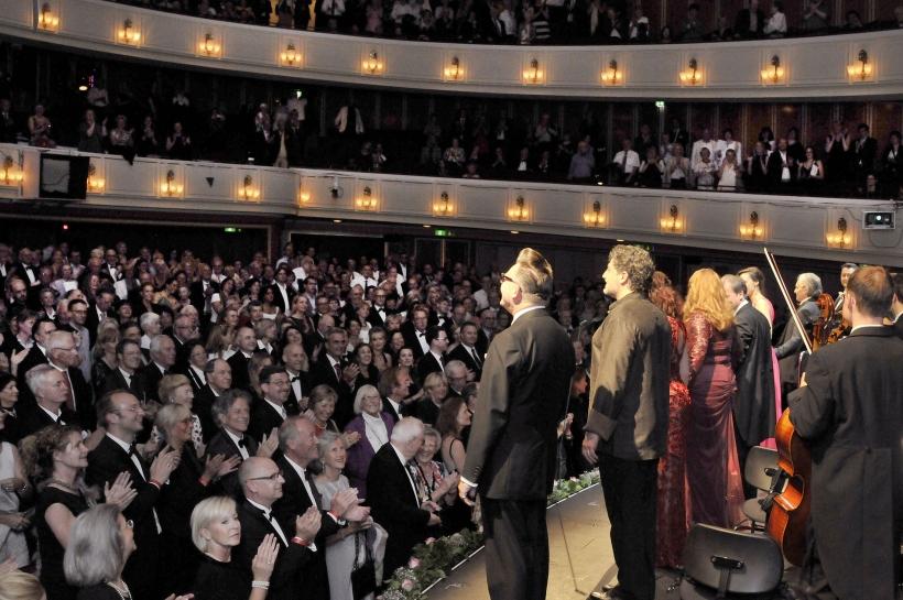 Auch im Opernhaus war das Publikum begeistert (Foto: Frank Heller)