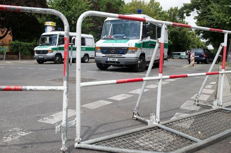 Berliner Polizei droht mit Abzug von besetzter Schule (© 2014 AFP)