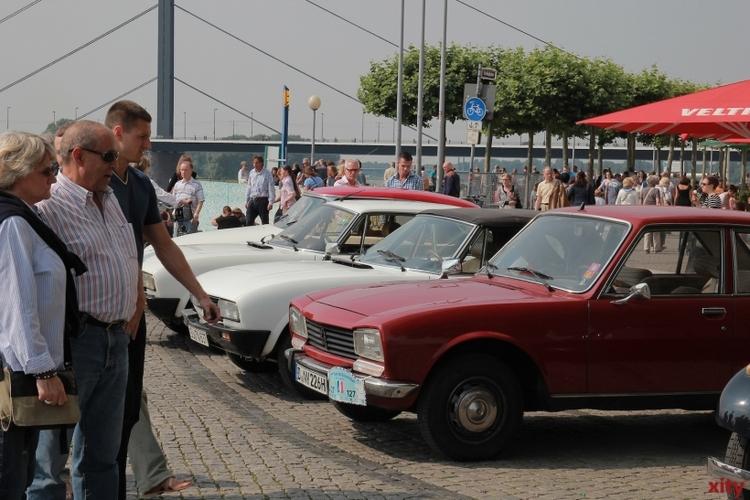 """Parallel dazu startet am Samstag die """"Tour de Düsseldorf?, das größte Treffen französischer Oldtimer in Deutschland (xity-Foto: P. Basarir)"""