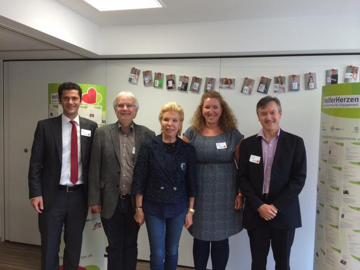 Rolf Posch, Michael Kipshagen, Dr. h.c. Ute-Henriette Ohoven, Caroline Hager und Andreas Preuß (Foto: Borussia Düsseldorf)