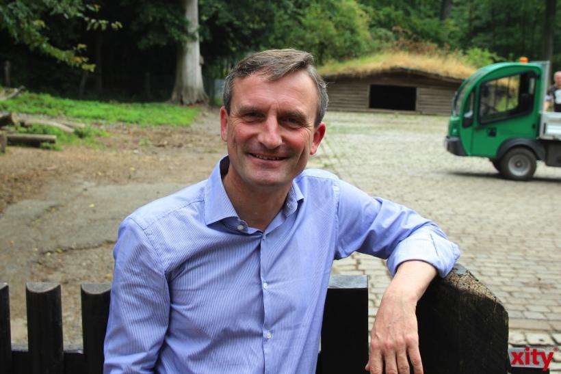 Thomas Geisel besucht Waldarbeiter im Wildpark (xity-Foto: H.Müller)