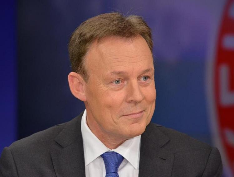 Oppermann: SPD wird bei Maut Koalitionsvertrag einhalten (© 2014 AFP)